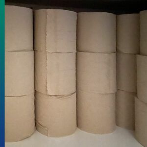 Recycled toilet paper in bulk, without plastic package