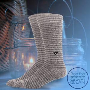 Free the Ocean socks